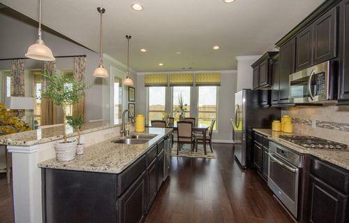Kitchen-in-Juniper Ridge - Vista-at-Walnut Creek - Fairway Collection-in-Rosenberg