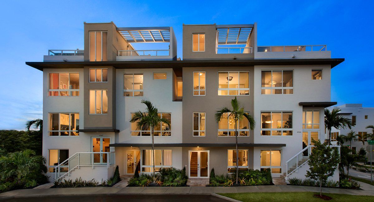 Landmark 3 Story Townhomes In Doral Fl New Homes