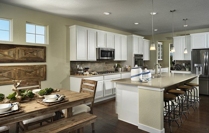 Kitchen-in-Silverleaf-at-Sierra Ridge - The Grand Collection-in-Parker