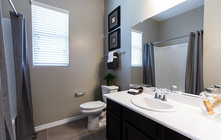 Bathroom-in-Residence Twelve-at-Heritage at Cadence - Symphony-in-Henderson