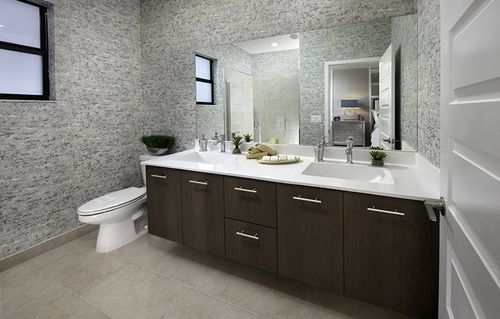 Bathroom-in-Iris-at-Satori - Lotus Collection-in-Miami Lakes