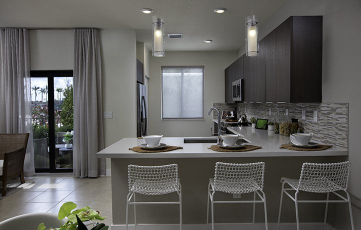 Kitchen-in-MODEL CG-at-Urbana - 2-Story Townhomes-in-Doral