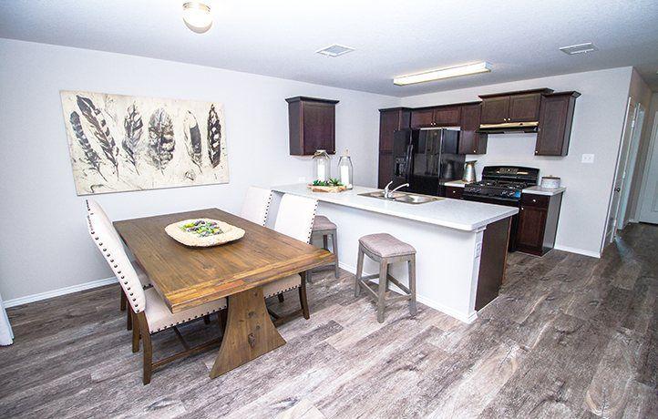 Kitchen-in-Pinehaven-at-Nopalito-in-San Antonio