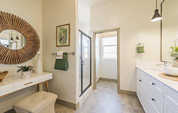 Bathroom featured in the Sundance By Lennar in Visalia, CA
