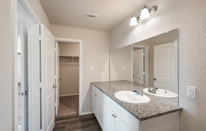 Bathroom featured in the Fullerton By Lennar in San Antonio, TX