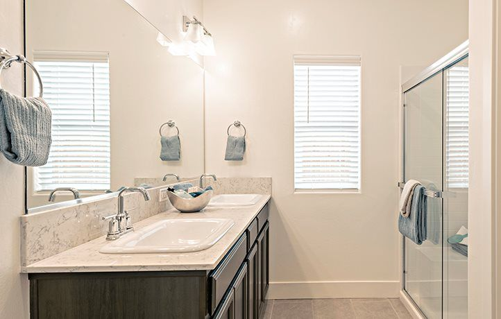 Bathroom featured in the Dune By Lennar in Bakersfield, CA