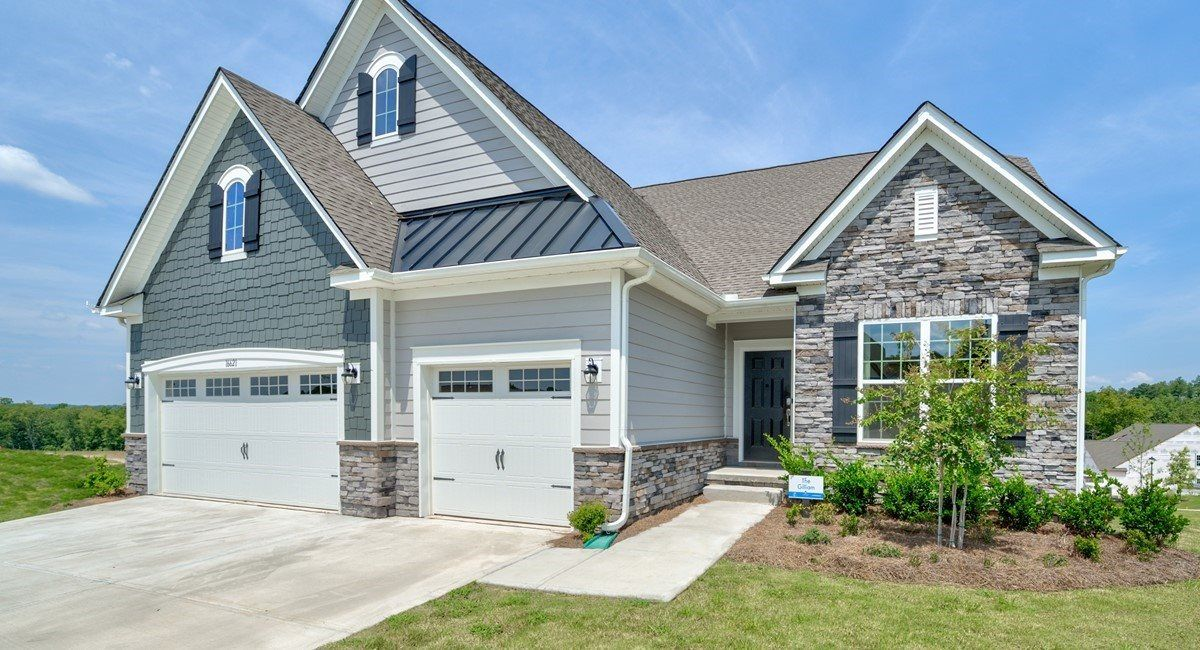 'The Palisades - The Bluffs at Highcliff' by Lennar - Charlotte in Charlotte