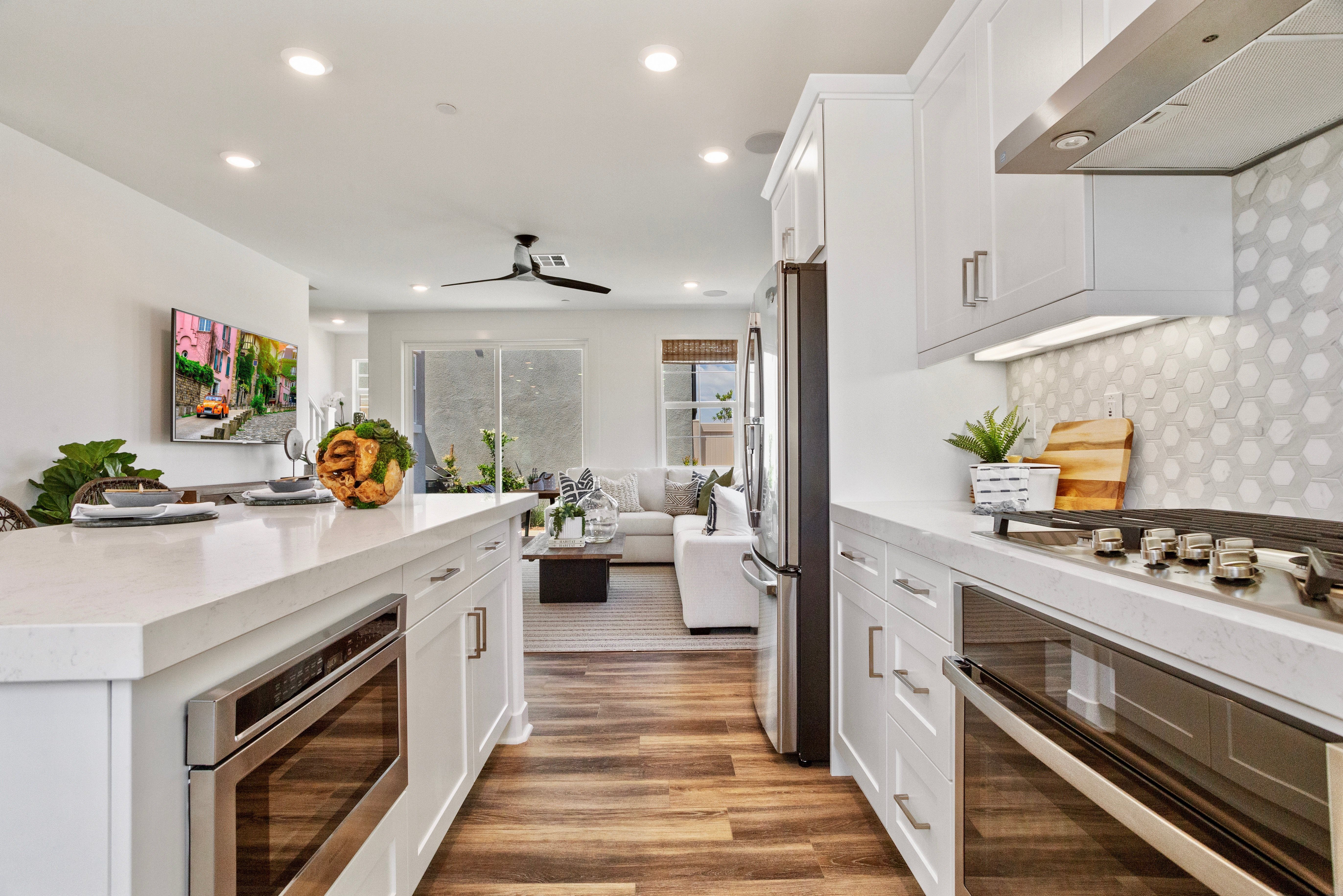 Kitchen featured in the Residence 2 By Lennar in Los Angeles, CA
