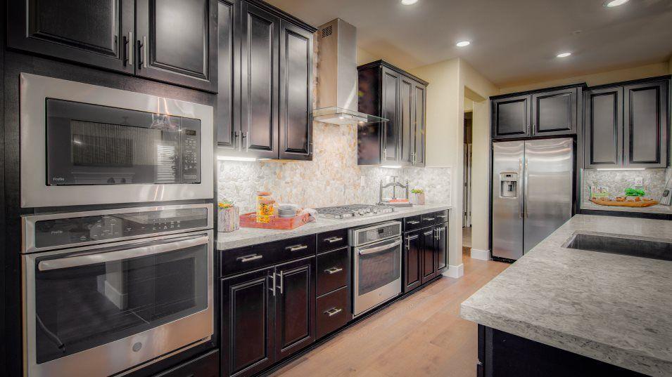 Kitchen featured in The Santa Barbara - Plan 2423 By Lennar in Sacramento, CA