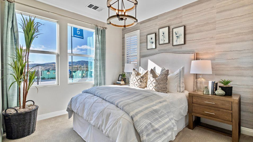 Bedroom featured in the Galloway 5X By Lennar in Los Angeles, CA