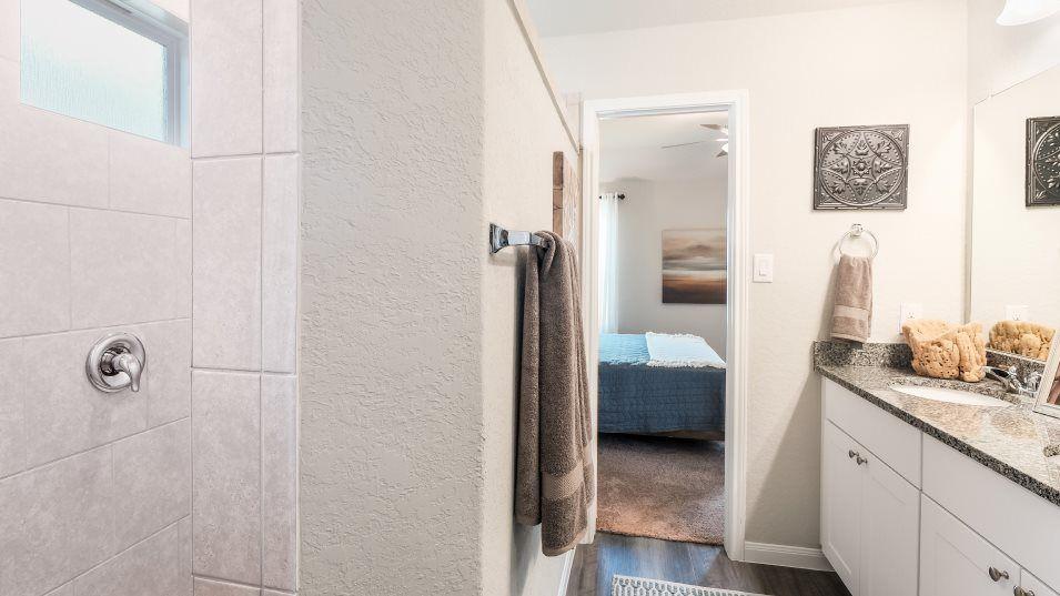 Bathroom featured in the Bradwell By Lennar in San Antonio, TX