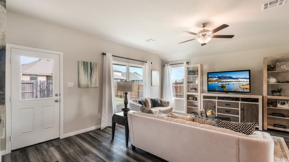 Living Area featured in the Huxley II By Lennar in San Antonio, TX