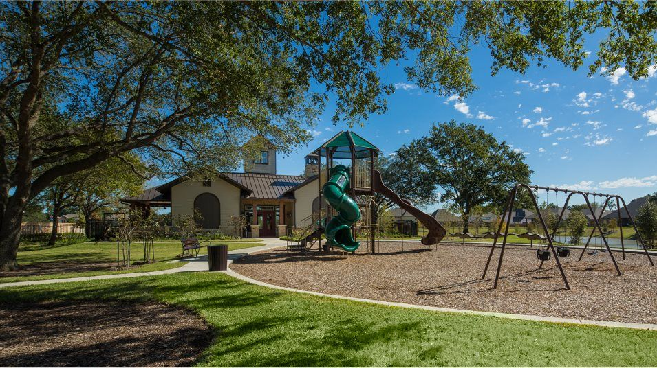 'Falls at Green Meadows - Texas Reserve Collection' by Lennar - Houston in Houston