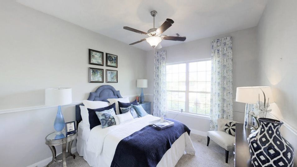 Bedroom featured in the Jade By Lennar in Houston, TX