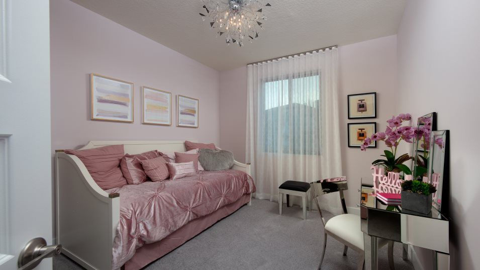 Bedroom featured in the MODEL CF SKYVIEW By Lennar in Miami-Dade County, FL