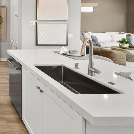 Kitchen featured in the Cassia 3 By Lennar in Los Angeles, CA