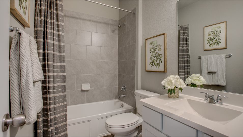 Bathroom featured in the Alabaster By Lennar in San Antonio, TX
