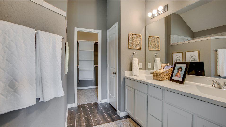 Bathroom featured in the Jasper By Lennar in San Antonio, TX
