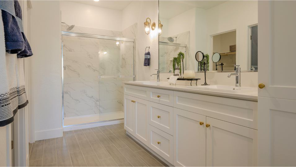 Bathroom featured in the Olive By Lennar in Bakersfield, CA