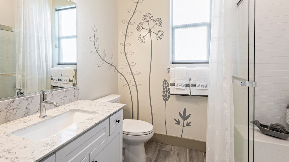 Bathroom featured in the Solstice By Lennar in Bakersfield, CA