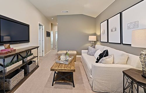 Media-Room-in-Hawthorne-at-Silver Oaks - Cambridge Collection-in-Visalia