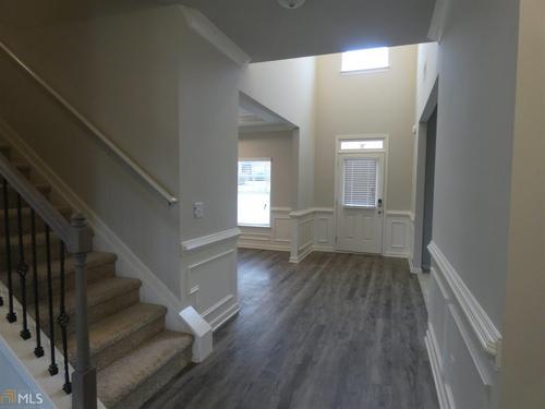 Foyer-in-Douglas-at-Bridleridge-in-McDonough
