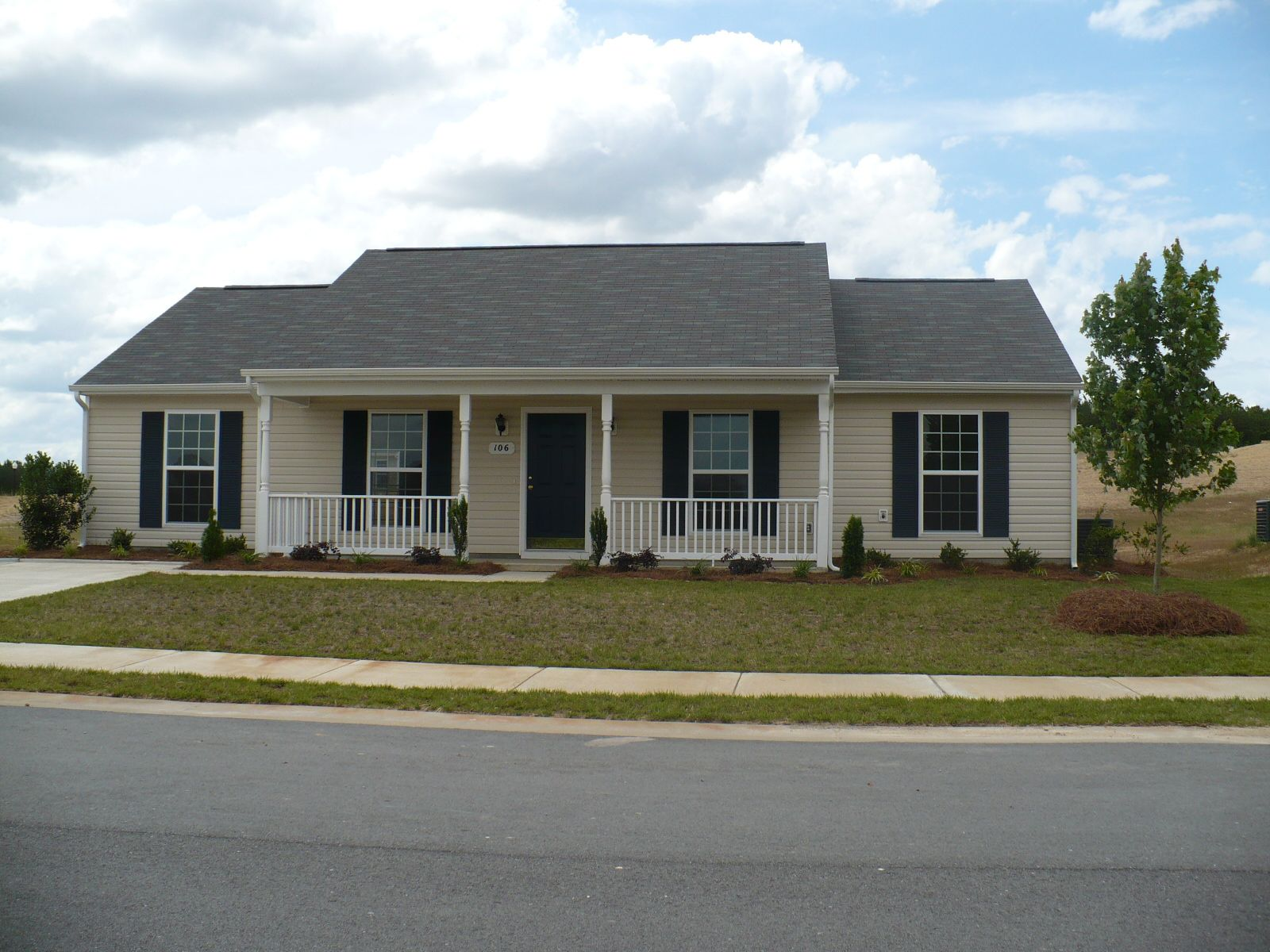 Exterior featured in The Anniston By Lockridge Homes in Greenville-Spartanburg, SC