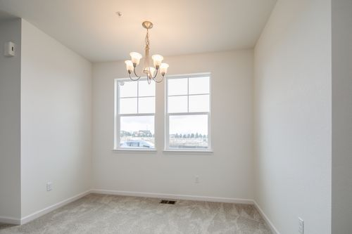 Empty-in-The Thomas-at-The Villas at Wheatlands-in-Aurora