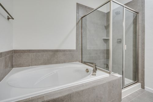 Bathroom-in-The Thomas-at-The Villas at Wheatlands-in-Aurora