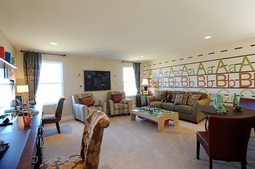 Recreation-Room-in-The Forest-at-Cambridge Falls-in-Wentzville