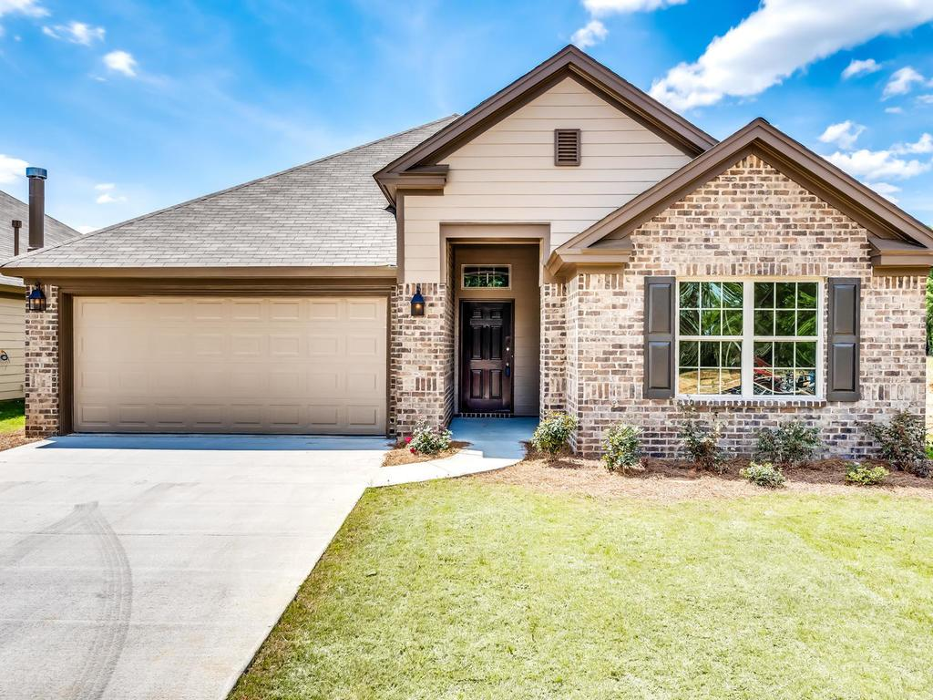 Exterior featured in the Ashton - StoneyBrooke Plantation By Lowder New Homes in Montgomery, AL