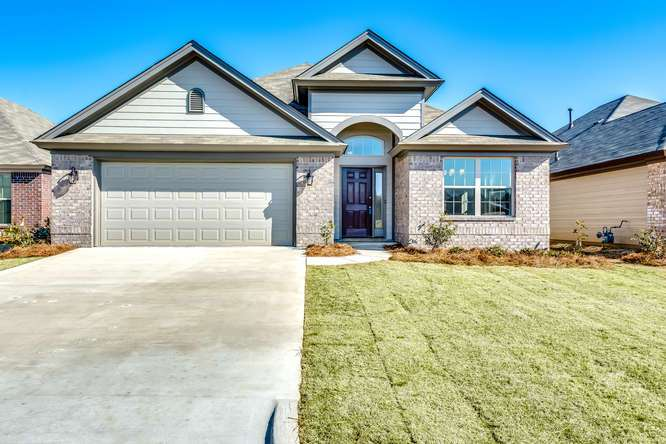Exterior featured in the Carlton - StoneyBrooke Plantation By Lowder New Homes in Montgomery, AL