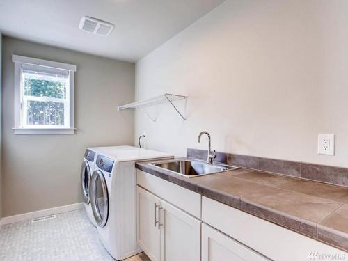 Laundry-in-Plan 3335-at-Star Water-in-Auburn