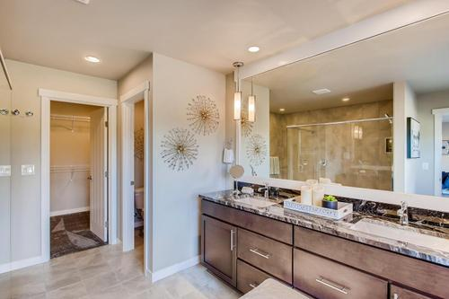 Bathroom-in-Plan 2886-at-Star Water-in-Auburn