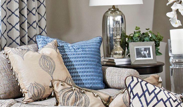 Standard series 2 - Timothy-Fam-white-beige-blue:Living room