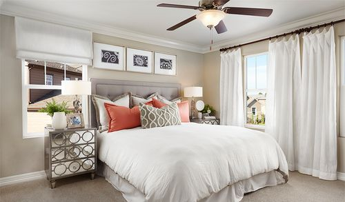 Bedroom-in-Coral-at-The Preserve at Sunrise-in-Groveland