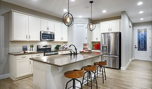Kitchen-in-Ruby-at-North Ridge-in-Davenport