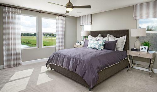 Bedroom-in-Moonstone-at-Watercrest-in-Auburndale