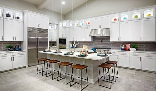 Kitchen-in-Ryder-at-Sunset Terrace-in-Litchfield Park