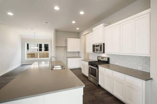 Kitchen-in-Calvert-at-La Cima 50'-in-San Marcos