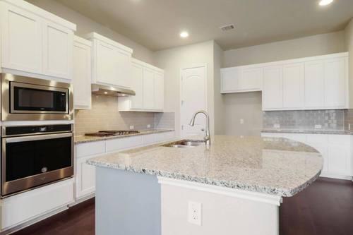 Kitchen-in-Laguna-at-Paloma Lake 55'-in-Round Rock