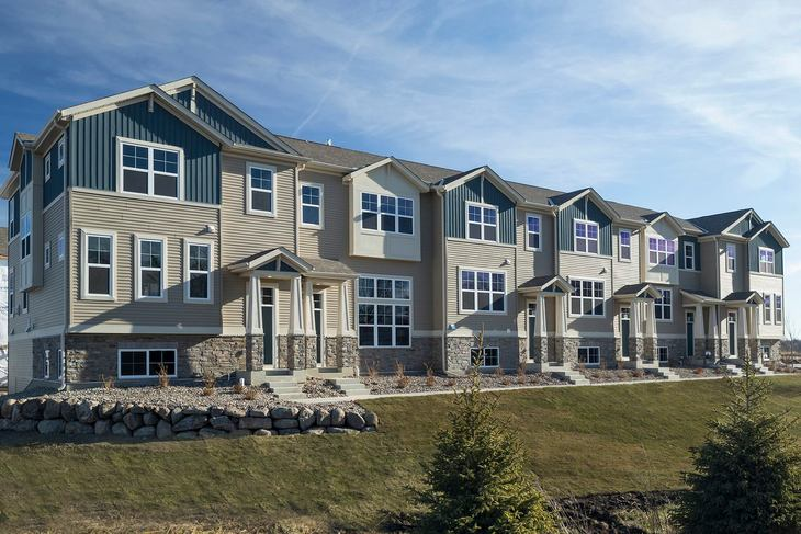 Woodland Cove Townhomes Front Exterior