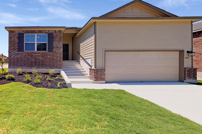 6207 Fox Peak Drive (Boone)