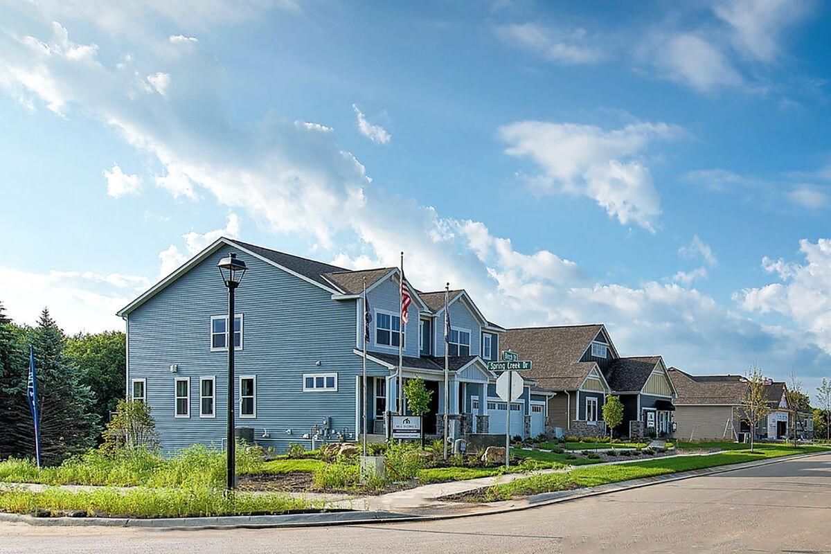 'The Meadows at Spring Creek' by M/I Homes-Minneapolis in Minneapolis-St. Paul
