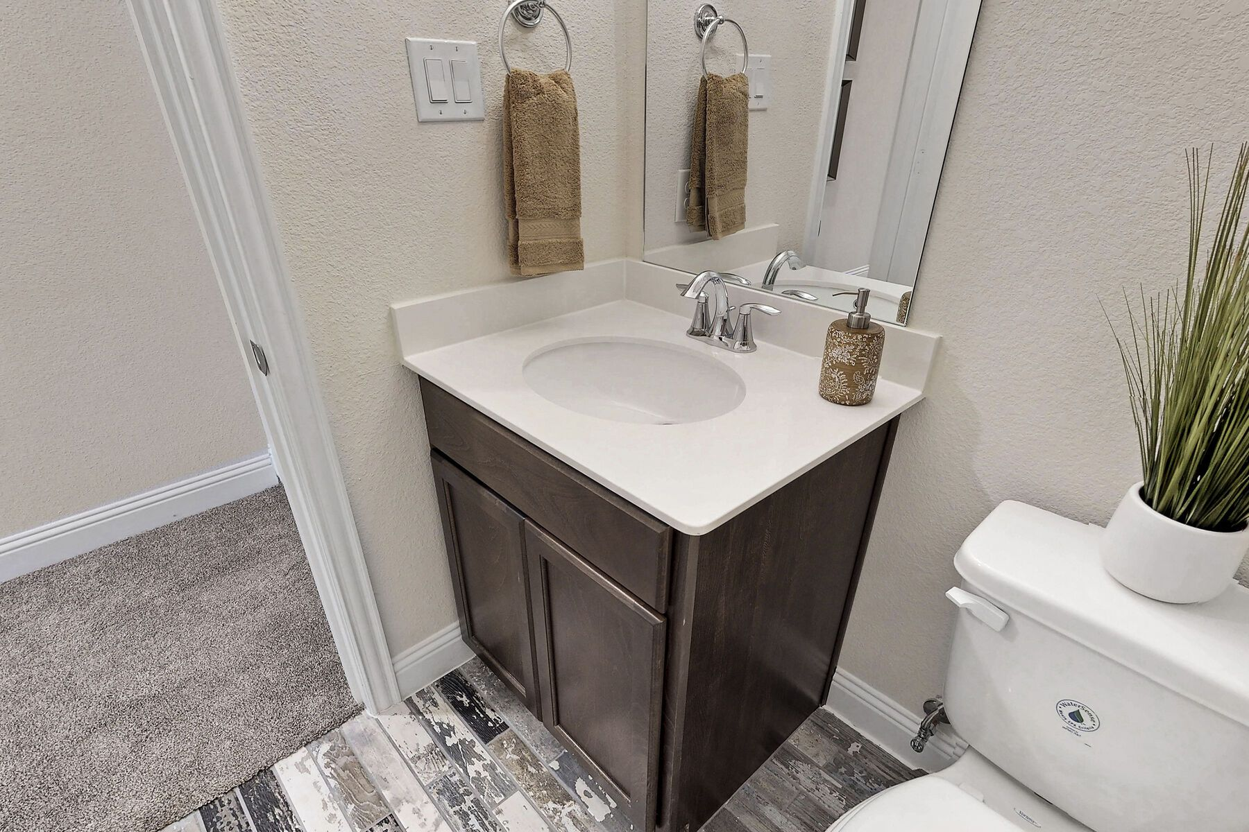 Bathroom featured in the Zacate By M/I Homes in Fort Worth, TX