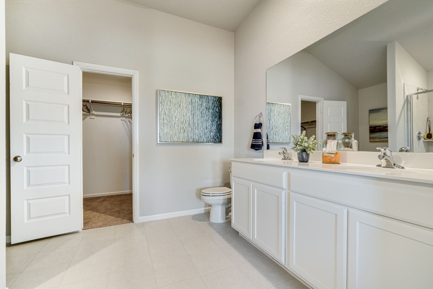Bathroom featured in the Pizarro By M/I Homes in Fort Worth, TX