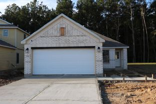 Primrose - Pinewood At Grand Texas: New Caney, Texas - M/I Homes