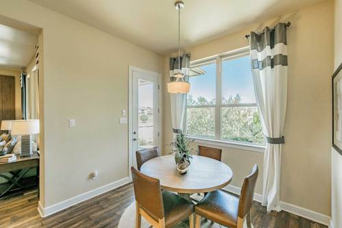 Breakfast-Room-in-Clarendon-at-Parkside at Mayfield Ranch-in-Georgetown