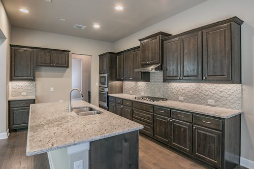 Kitchen-in-Wellington-at-Arrowhead Ranch-in-Dripping Springs