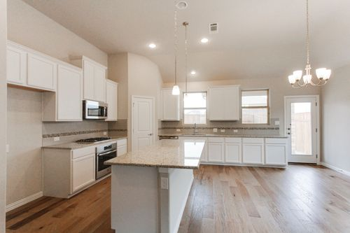 Kitchen-in-Hays-at-Creekwood-in-Fort Worth